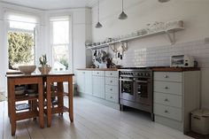 wish I could live that simply  Gorgeous House in London // Страхотна къща в Лондон | 79 Ideas