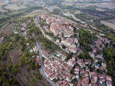 Photo aérienne de Cordes-sur-Ciel - Tarn (81)
