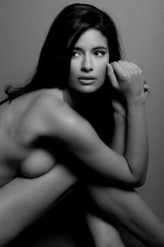 Jessica Clark grew up in London and studied Law at The London School of Economics with the intention of pursuing this career. Description from blackcelebsleaked.com. I searched for this on bing.com/images