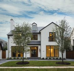 The modern farmhouse style isn't just for rooms. The farmhouse exterior design totally reflects the whole style of the home and the family tradition also. Modern Farmhouse Design, Modern Farmhouse Exterior, Modern Cottage Style, Farmhouse Contemporary, French Exterior, Farmhouse Landscaping, Farmhouse Front, Farmhouse Decor, Future House