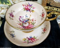 HAMMERSLEY GOLD & PEACH FLORAL ARTIST SIGNED TEA CUP AND SAUCER pattern