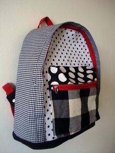 4 Crochet Tips To Remember Bag Patterns To Sew, Sewing Patterns, Baby School Bags, Sewing Class, Kids Bags, Kids Backpacks, Crochet For Beginners, Handmade Bags, Backpack Bags