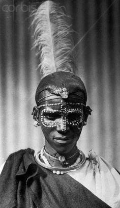 Africa | Kikuyu warrior.  Nairobi, Kenya.  ca. 1952 |  ©Bettman