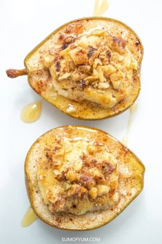 Baked Pears with Honey Walnut Goat Cheese can be served as a delicious and healthy vegetarian appetizer or dessert during the fall and holiday season. Walnut Recipes, Pear Recipes, Honey Recipes, Greek Recipes, Salmon Recipes, Pear Dessert, Cheese Dessert, Cheese Food, Baked Goat Cheese