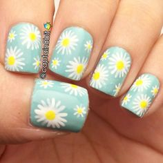 Heat Up Your Life with Some Stunning Summer Nail Art Daisy Nail Art, Daisy Nails, Flower Nail Art, Pretty Nails For Summer, Wide Nails, Super Cute Nails, Pretty Nail Colors, Nailart, Manicure E Pedicure