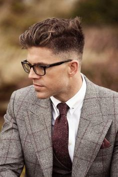 18 Messy Hairstyles For Men That Are Stylish Too in 2018 #Business #Receding #Popular #Pompadour #Layered #Asian #Classic #Older #Fringe #Vintage #Casual