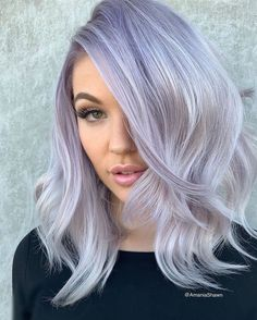 Beautiful shadow root created by Grey Hair For Pale Skin, Purple Blonde Hair, Silver Lavender Hair, Dark Grey Hair, Silver Hair, Gray Purple Hair, Cute Hairstyles For Medium Hair, Fun Hairstyles, Frontal Hairstyles
