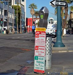 Confusing Santa Monica Parking Signs. Santa Monica metered parking rules