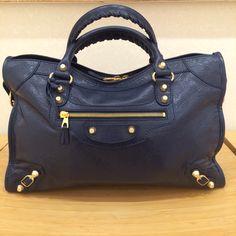 """2015 Spring/Summer collection. Bleu Obscur  """"City"""" style Balenciaga handbag."""