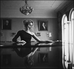 Aleksandra - Fine Art Portrait Photographer
