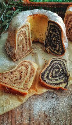 Gourmantica: Božanska potica 2 v 1 (orehova in makova) Apple Rose Pastry, Croation Recipes, Baking Recipes, Cake Recipes, Slovenian Food, Bread Dough Recipe, Cake Creations, Macaroons, Coffee Cake
