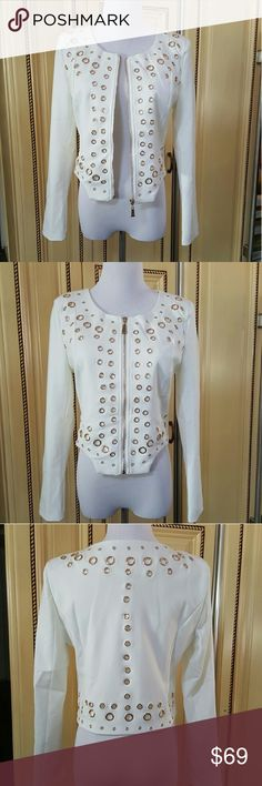 dc49096633c44 Off white Blazer Long sleeve off white Blazer with metal grommet detail  Simply beautiful and comfortable