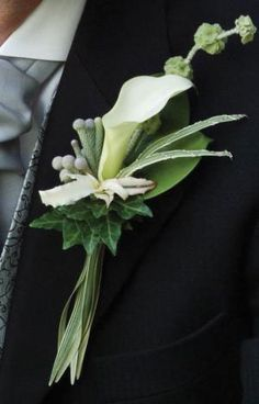 White Mini Calla lily with moluccella, Ivy, silver brunia balls and tips of variegated China grass Flowers For Men, Prom Flowers, Bridal Flowers, Prom Corsage And Boutonniere, Calla Lily Boutonniere, Boutonnieres, Corsages, Buttonhole Flowers, Buttonholes