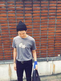 """방탄소년단 on Twitter: """"사인해주세요 @eaeon_ #김데일리 https://t.co/BYAtcJ3Co3"""""""