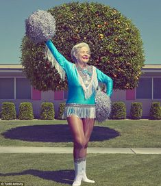 London-based photographer Todd Antony traveled to Sun City, Arizona, a retirement community in the metropolitan Phoenix area with a population of There he discovered the Sun City Poms, a group of cheerleaders and dancers who prove energy and… Tantra, Bobe, Sun City, Young At Heart, Aging Gracefully, Forever Young, Paris, Old Women, Alter
