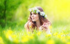 Beautiful Girls With Flowers Field Wallpapers Under green yellow leaves