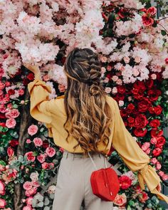 Travel Spain Fashion Summer 20 Ideas For 2019 Spring Aesthetic, Flower Aesthetic, Jeanne En Provence, Outfits For Spain, Flower Girl Pictures, Backgrounds Wallpapers, Spain Fashion, Mode Editorials, Foto Pose