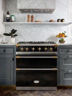 kitchen // gray cabinets & marble backsplash