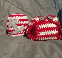Newborn to small hat and diaper cover by KitandaKreations on Etsy