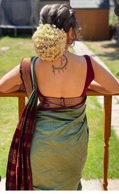 Blue Silk Saree, Indian Silk Sarees, New Saree Blouse Designs, Dress Indian Style, Indian Wear, Ladies Day Dresses, Designer Sarees Online Shopping, Salwar Dress, Saree Trends