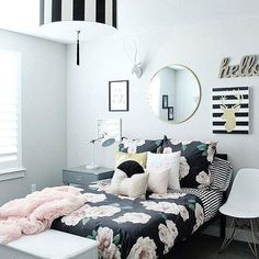 Down-to-earth teen girl bedrooms ideas for the exciting teen girl bedroom decor, pin idea 2392669974 Cute Teen Rooms, Teen Girl Rooms, Teenage Girl Bedrooms, Kid Bedrooms, Blue Bedrooms, Kids Rooms, Teenage Room Decor, Teen Decor, Diy Home Decor Bedroom