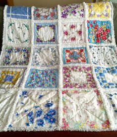 ZeedleBeez: How to make a Handkerchief Rag Quilt. This is a great tutorial!