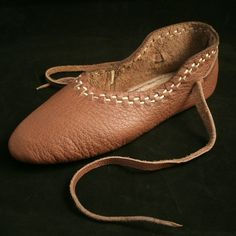 Vlaardingen Shoe. Medieval period re-enactment shoe, perfect for dancing as well! All leather, only available in black, $75. Pretty reasonably priced!