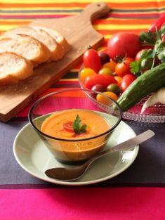 「ガスパチョ」野菜の味が濃い!!皮と種を除いた、濃厚な野菜のうまみを味わえるスープです♪【楽天レシピ】