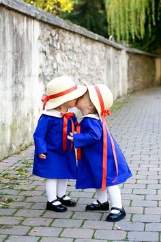 Most Awesome Halloween Costumes For Kids Based on Movies and Television Madeline baby toddler style.adorable and I love the literary referenceMadeline baby toddler style.adorable and I love the literary reference So Cute Baby, Baby Kind, Baby Love, Cute Kids, Cute Babies, Pretty Kids, Little People, Little Ones, Little Girls