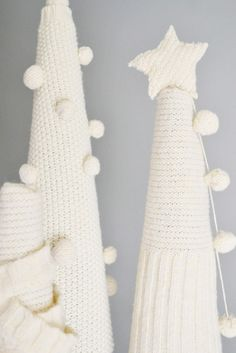Top 10 Christmas DIY Ideas for Recycling Old Sweaters DIY Christmas Sweater Sleeve Trees