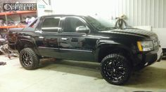 2009 Chevrolet Avalanche lifted