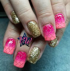 Hard gel set with pink and coral ombre and gold glitter