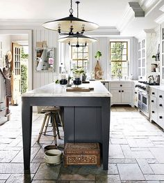 This kitchen #island is the focal point of this spectacular #kitchen and perfect for #summer entertaining says @jillsharpstudio. #regram @housebeautiful [: @bjornwallander]