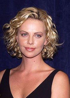 Charlize Theron is the fantasy of Genevieve Nnaji and the ultimate dream of every actress coming up in Nigerian Nollywood, Indian Bollywood and the other woods. Description from africanbeauty.blogspot.com. I searched for this on bing.com/images #WomensHairstylesLongRed Medium Permed Hairstyles, Short Permed Hair, Wavy Hair, Short Hair Cuts, Bob Hairstyles, Curly Perm, Curly Short, Spiral Perm Short Hair, Thin Curly Hair
