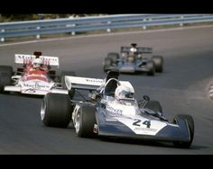 Tim Schenken, Watkins Glen 1972, Surtees TS14... Followed by Brian Redman (BRM P180) and Dave Walker (Lotus 72D)