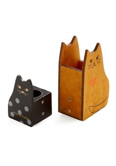 modcloth pen stand cute cats