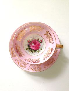 Delicate rose blossoms are masterfully painted in this timeless and elegant tea set. Finished with a scalloped gold accented edge, this beautiful