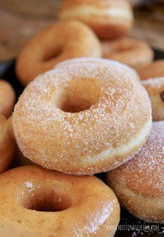 Perfect Vegan Doughnuts Made with Yeast (Vegan Donut Recipe) Sugared vegan doughnuts Vegan Donuts Recipe Fried, Baked Yeast Donut Recipe, Eggless Donut Recipe, Vegan Doughnuts, Easy Donut Recipe, Fried Donuts, Donut Recipes, Eggless Baking, Vegetarian