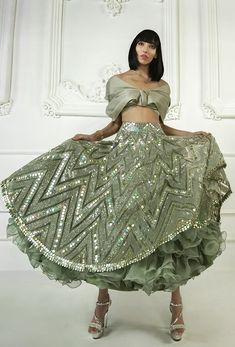 Indian Gowns Dresses, Indian Fashion Dresses, Indian Designer Outfits, Designer Dresses, Designer Wear, Wedding Lehenga Designs, Designer Bridal Lehenga, Bridal Lehenga Choli, Manish Malhotra Bridal Lehenga