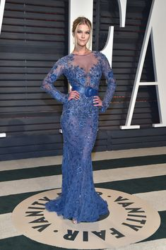 Nina Agdal in Blue Embroidery - The Most Fabulous Dresses at the Oscar After Parties 2017 - Photos