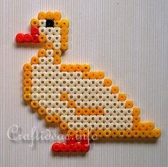 Spring and Easter Crafts for Kids - Fuse Bead Crafts - Fuse Beads Duck Fuse Bead Patterns, Perler Patterns, Craft Patterns, Beading Patterns, Hama Beads Animals, Beaded Animals, Fuse Beads, Pearler Beads, Duck Crafts