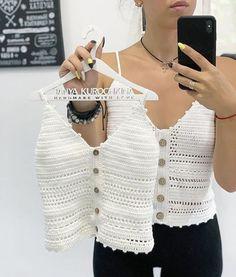 20 Crochet ideas for you Débardeurs Au Crochet, Pull Crochet, Gilet Crochet, Crochet Shirt, Crochet Bandeau Tops, Crochet Summer Tops, Crochet Crop Top, Crochet Bikini, Beautiful Crochet