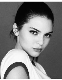 Kendall Jenner | Black and White | Estée Lauder Model