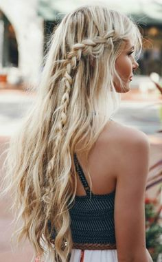3 Nice Cool Tricks: Women Hairstyles With Bangs Short Hair Styles feathered hairstyles shoulder length.Older Women Hairstyles Over 60 wedge hairstyles mom. Easy Summer Hairstyles, Wedge Hairstyles, Bohemian Hairstyles, Fancy Hairstyles, Feathered Hairstyles, Everyday Hairstyles, Hairstyles With Bangs, Braided Hairstyles, Drawing Hairstyles