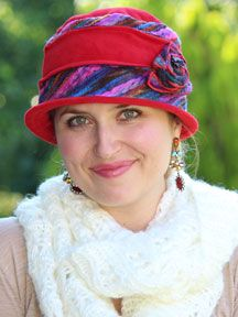 Spark up your fall wardrobe with this artsy fleece cloche. Two layers of ultra soft fleece to keep you cozy, with colorful wool yarn trim. A thin wire holds the brim in place. Soft and comfy for cancer patients.