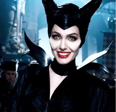 Angelina-Jolie-as-Maleficent.png (500×480)