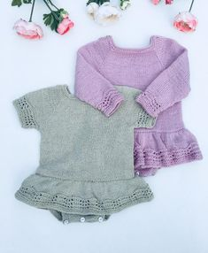 Onesie Dress, Knit Baby Dress, Knitted Baby Cardigan, Baby Knitting Patterns, Baby Patterns, Baby Girl Winter, Quick Knits, Vogue Knitting, Knitting Magazine