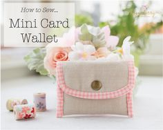 This weekend I made this cute little card wallet. My currentwallet is falling apart so a new one was in order! I chose some a nice linen and paired with thispink gingham binding – Oh my goodness! Such a sweet combo! I finished the wallet with a little antique brass snap button. I made a …