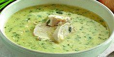 Грузинский куриный суп чихиртма: хочется готовить на первое каждый день! Восхитительный рецепт. Ингредиенты  Курица 1 шт. Яичный желток 5 шт. Лук 250 г Винный уксус 50 мл Топленое масло 100 г Черный перец (горошком) по вкусу Лавровый лист по вкусу Соль по вкусу Зелень по вкусу Кинза по вкусу