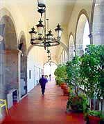 Ex-Colegio de la Enseñanza in Irapuato, Guanajuato, Mexico - Tour By Mexico ©  http://www.tourbymexico.com/guana/irapuato/irapuato.htm